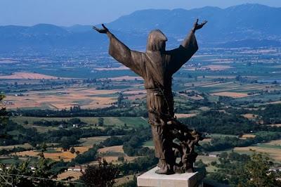 san francesco statua